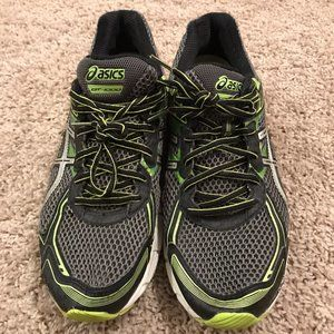 Men's Asics Running Shoe